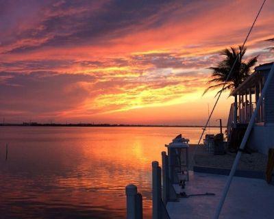 Beautiful Ocean View With 35' Private Seawall, 80' Heated Pool, Hottub - Cudjoe Key