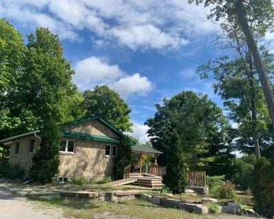 Gorgeous 4 season cottage - Bobcaygeon
