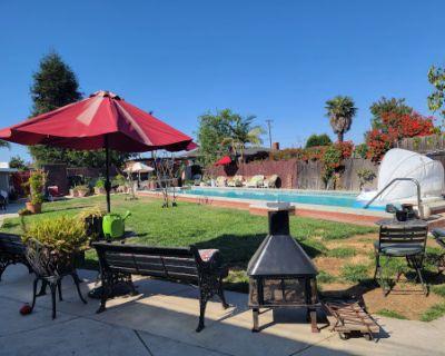 Outdoor Oasis, Gardena, CA