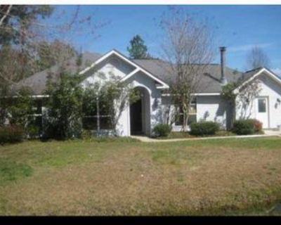 204 W Thistle St, Mandeville, LA 70471 3 Bedroom House