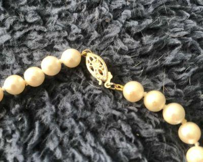 Seed pearls genuine