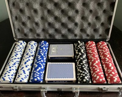 Poker chips and 2 decks of cards-in case