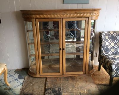 China Hutch and matching Dining table set