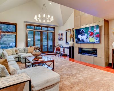 Luxury in Central Location. Shuttle outside door! Pool Table, Hot Tub, Ultra Lux - Deer Valley