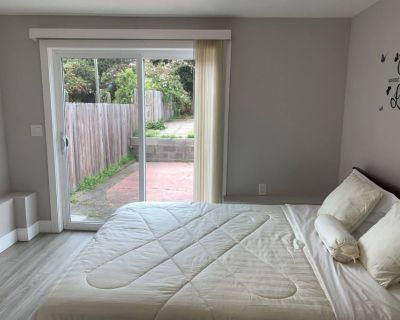 2-bedroom lower unit Border from San Francisco - Daly City