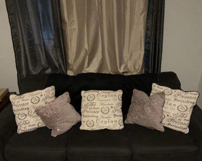 3 piece Queen sleeper sofa/loveseat/ottoman
