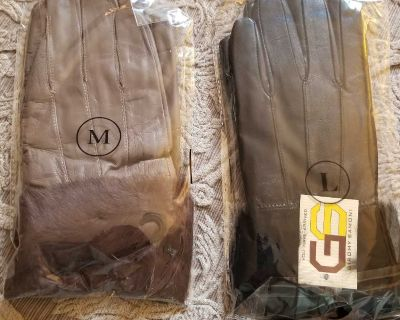 Fur lined gloves from Henig Furs. Sz M and L.