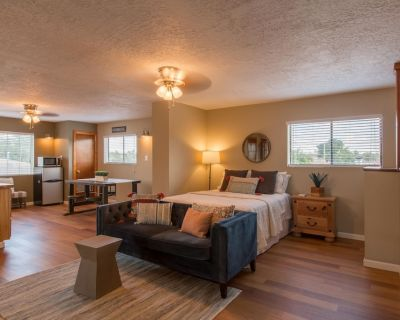Gorgeous Casita In The Heart Of Historic Old Town - Old Town Albuquerque