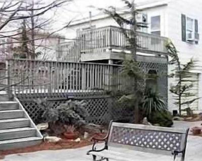 Wonderful Bayside Garage Apartment + 1 Small boat dock - Ocean City