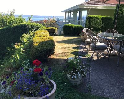3 Bedroom Luxury Ocean View Garden Level Suite in Prestigious Area - West Vancouver