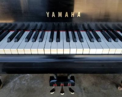 1979 Yamaha GH1 baby grand piano