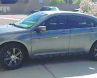 CHRYSLER 2012 200 4 cylinder, automatic transmission, looks and runs great! Needs...