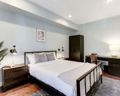 Furnished Queen Room in Capitol Hill #105 B