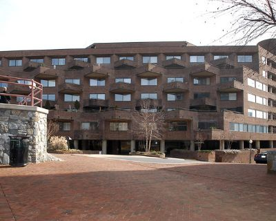 Office all inclusive at 1000 Potomac Avenue