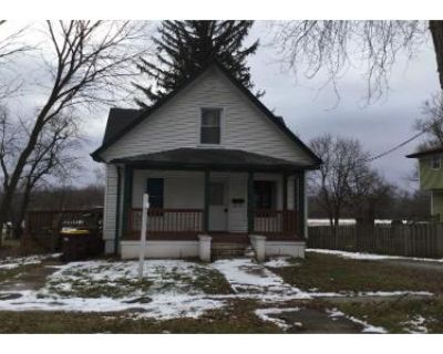 3 Bed 2 Bath Preforeclosure Property in Harvard, IL 60033 - Dewey St