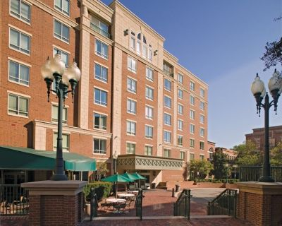 Wyndham Old Town Alexandria - 2 Bedroom Condo - Old Town West