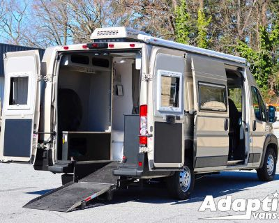 2021   PATHWAY WHEELCHAIR ACCESSIBLE RV