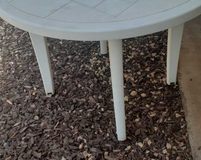 Outside Table (Parsons)