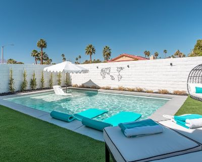 Save $100 a night for Aug / Sep + buy 3 weeks and get the 4th week FREE!! - Indian Wells