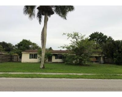 3 Bed 2 Bath Preforeclosure Property in Fort Myers, FL 33916 - Edgewood Ave