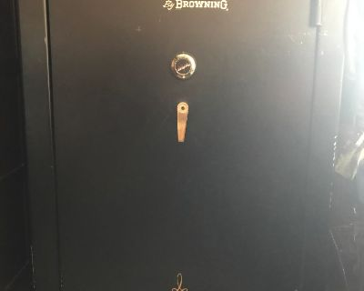 Whitetail by Winchester Gun Safe