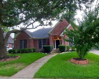 11319 Harvest Dale Avenue, Houston, TX 77065