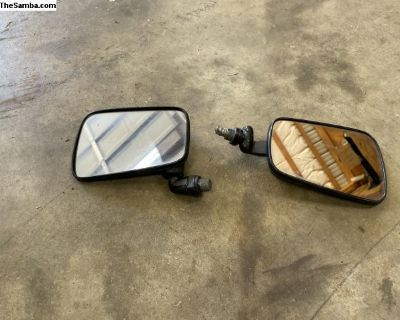 Aftermarket Pair of Beetle Bug Outside Mirrors Set