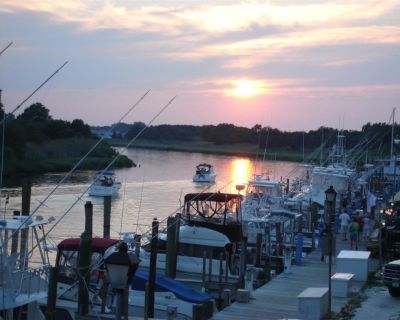 WATERFRONT CONDOS... Sunsets on Lewes Harbour...!!! - Lewes Beach