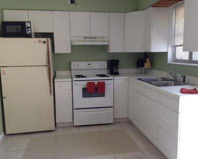 Apartment for Rent in Hollywood, Florida, Ref# 11144440