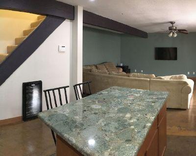 3 Bedroom condo in the heart of Scottsdale, Arizona - Casita Real Apts.