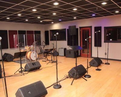 Creative Multi-Purpose Recording Studio in NY/NJ Area, Fairfield, NJ