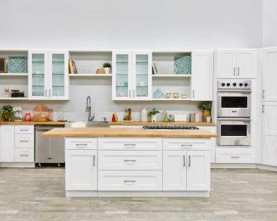 Spacious Large Kitchen Set, Los Angeles, CA
