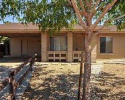 1052 W Kilarea Ave, Mesa, AZ 85210 3 Bedroom House