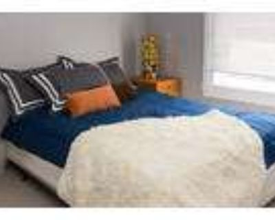524 Columbus Ave. Fully Furnished Private Single Room