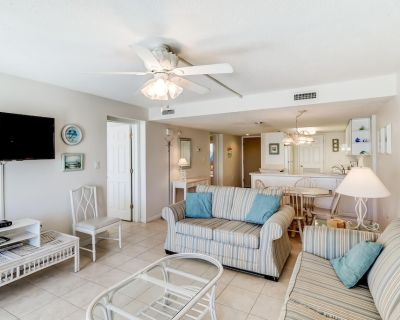 Pinnacle Port Oceanfront 2Bedroom Condo-New Listing! Book for Summer and Fall - Sunnyside