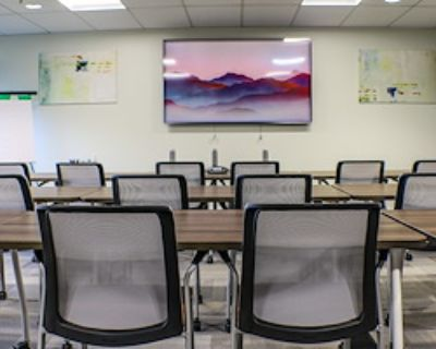 Private Meeting Room for 20 at Office Evolution - Ann Arbor