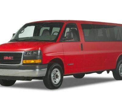 2020 GMC Savana Passenger LT