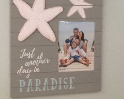 Picture frame with starfish