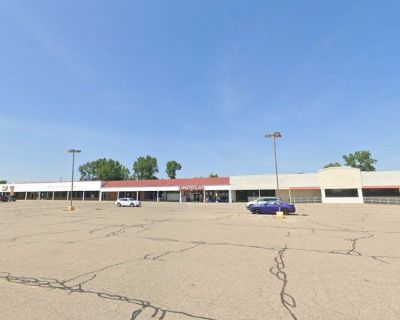 Space Available at Swartz Creek Shopping Center