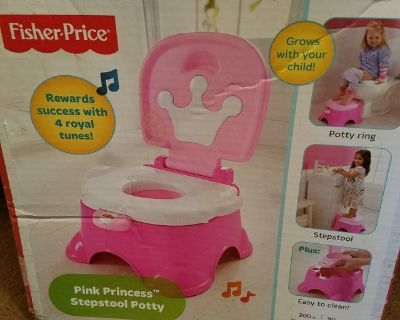 New / Fisher Price / Princess 2 In 1 Musical Stool & Potty