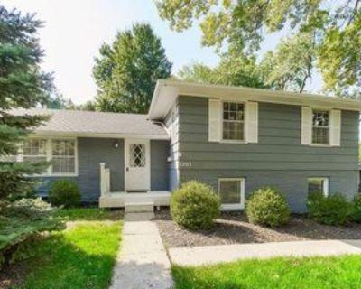 5205 W 79th St, Prairie Village, KS 66208 3 Bedroom House
