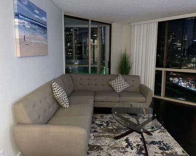 420 / smoker friendly Big 2bedroom 2Baths unit in DTLA TOWER - Bunker Hill