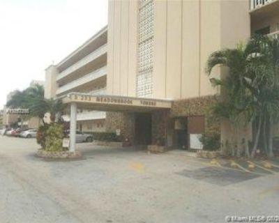 Ne 12th Ave #305, Hallandale Beach, FL 33009 1 Bedroom Condo