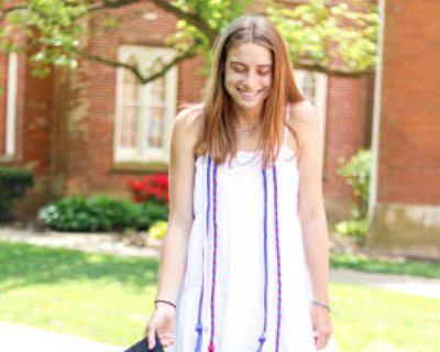 Caylie, 22 years, Female - Looking in: Arlington Arlington County VA