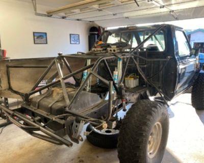Rear cage w/bedsides