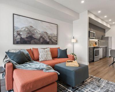 Luxury Apartment, EV Charging/ Abundant Amenities - Southwest Calgary