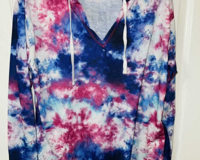 Size Large Tie Dye Shirt NEW