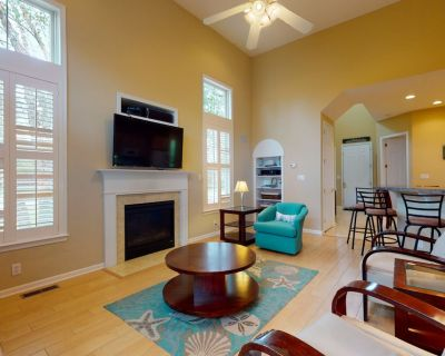Bayside Resort Townhouse w/ Private gas Grill, Free Wifi, and Shared Pool! - Bayside Village