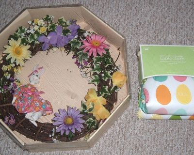 EASTER Vintage Wreath & Brand New Oblong Table Cloth 60 x 84 Oblong