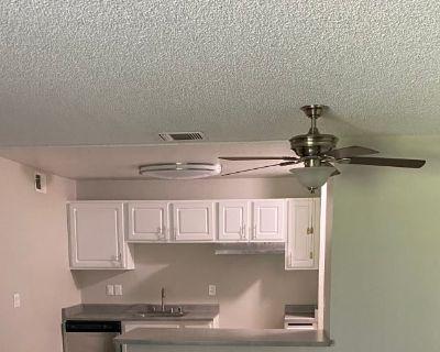Shared room with shared bathroom - Sylmar , CA 91342
